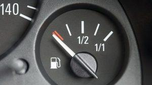 Mẹo nhỏ giúp tiết kiệm nhiên liệu khi lái xe